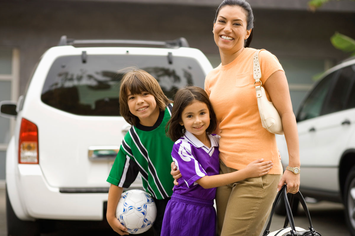 Popular-cars-for-moms-Thinkstock-200488808-001